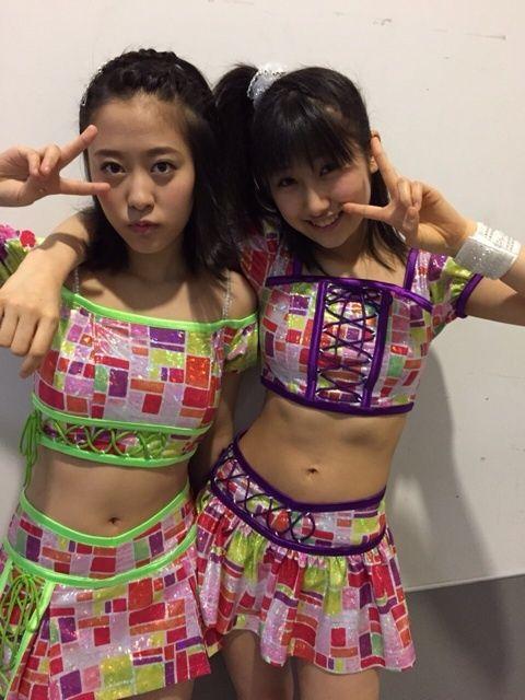 モーニング娘。小田さくらのパンツが丸見え画像
