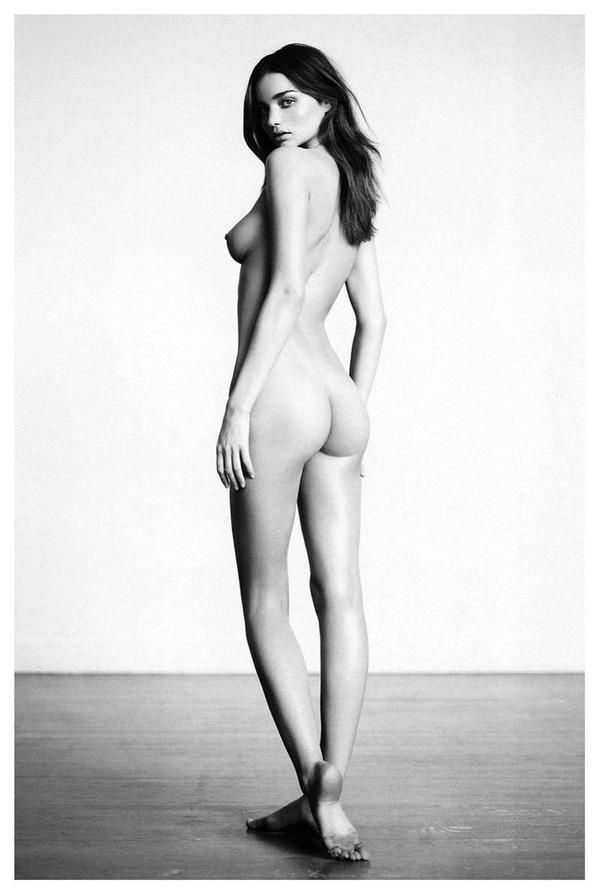 ミランダ・カーの裸ヌード、おっぱい、乳首、パンチラ、水着エロ画像