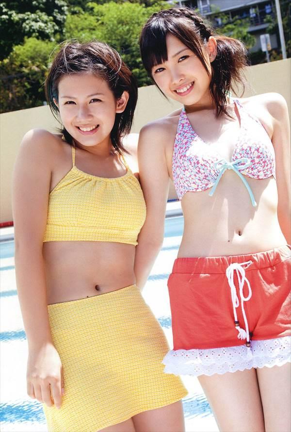 ℃-ute中島早貴のビキニ水着、ミニスカートから見える生足太ももエロ可愛い画像
