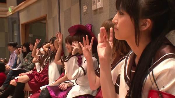 声優竹達彩奈、藤田咲、上坂すみれ、井口裕香、東山奈央などの可愛い画像