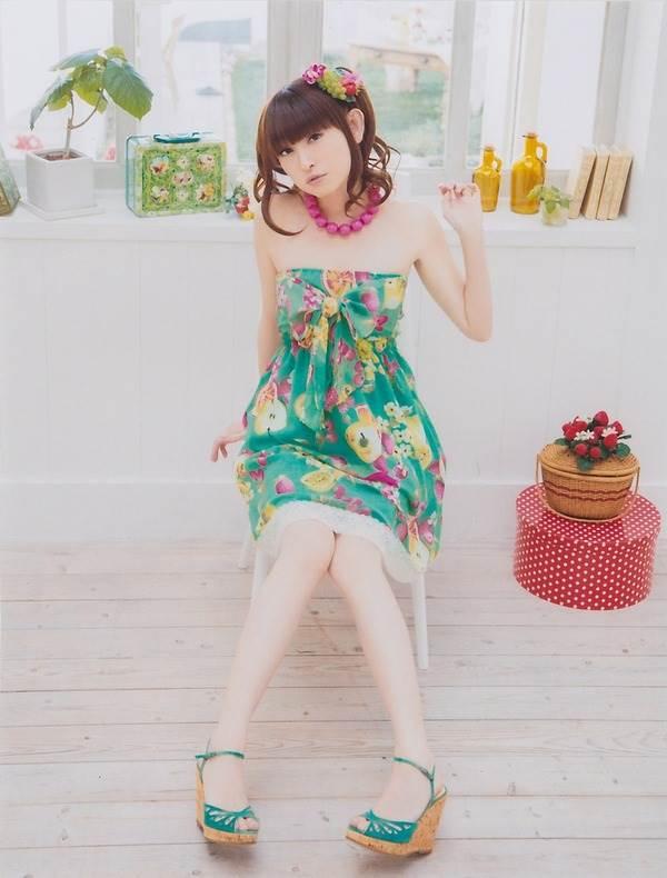 声優田村ゆかりの可愛い看護婦ナース姿画像「きょうは朝から患者さんがいっぱい!」