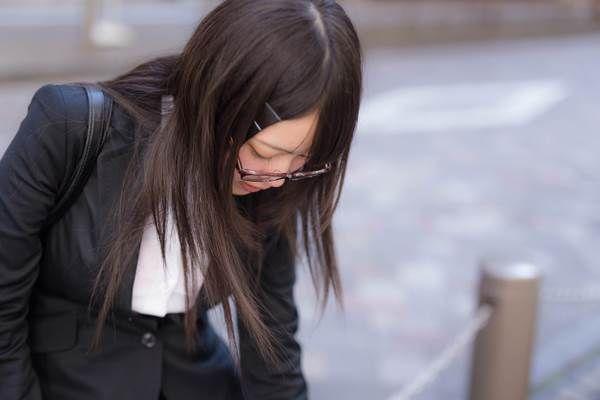 Jカップコスプレイヤー御伽ねこむのミニスカ女子高生コスでエロい太もも画像