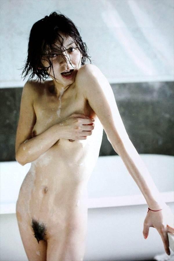 芸能人達のヌード、全裸エロ画像