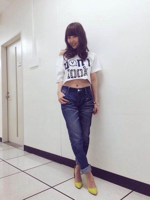 NMB48を卒業する門脇佳奈子のビキニ水着画像「日本一のバラエティータレントになります!」